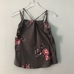 🌸 Daytrip | Floral tank with keyhole front